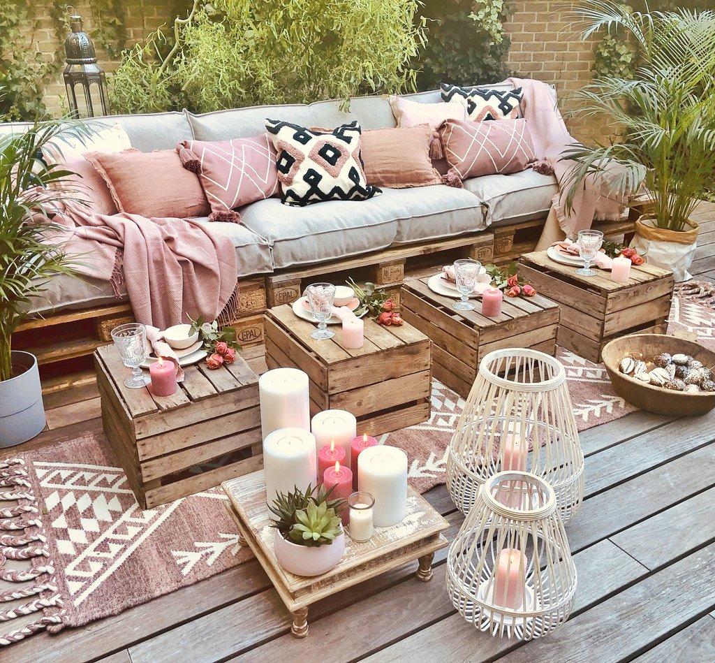 pembe bohem bahçe teras dekoraysonu